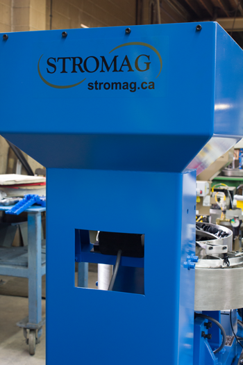 Hoppers, Incline Conveyors & Enclosures by Stromag